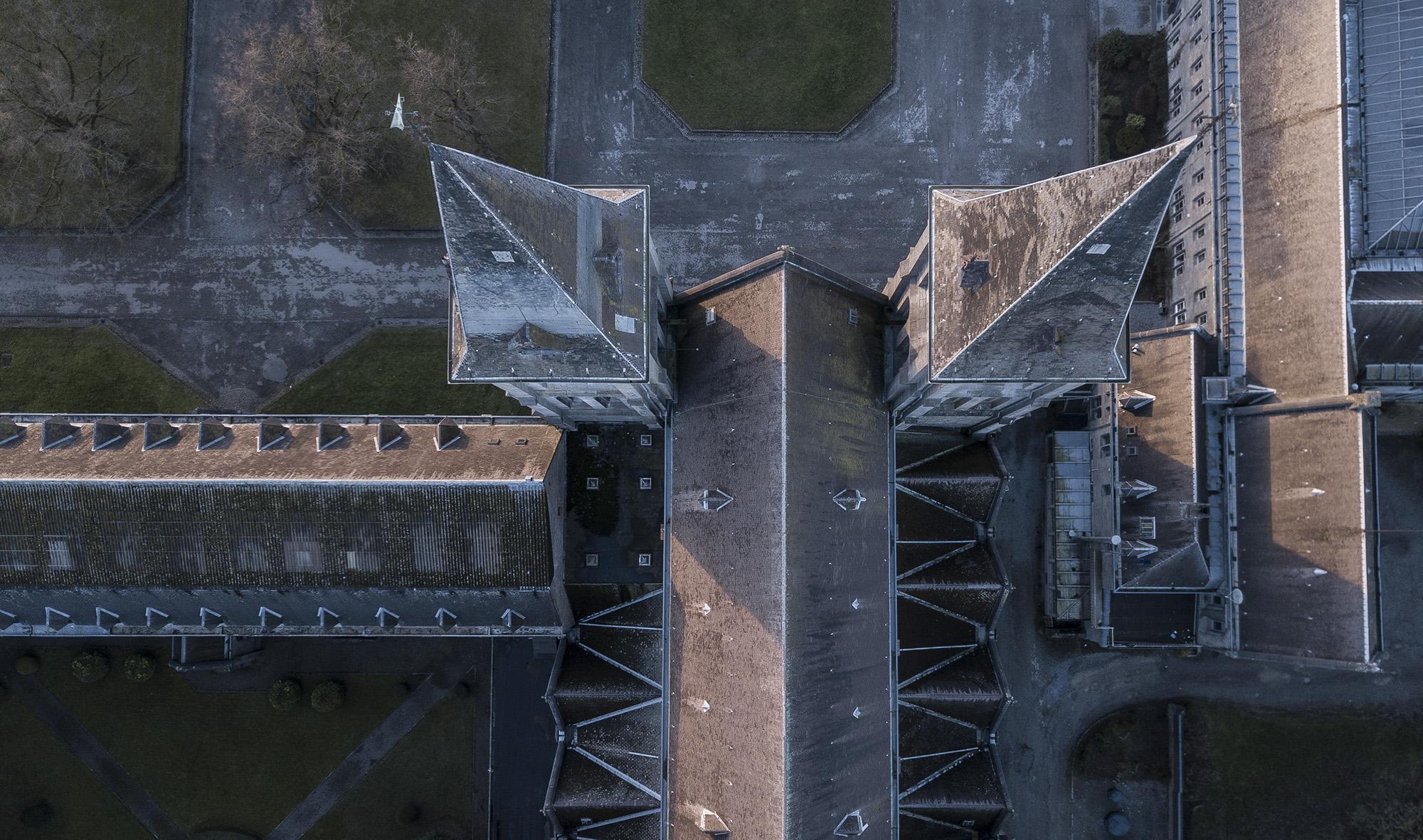 Maredsous vue drone